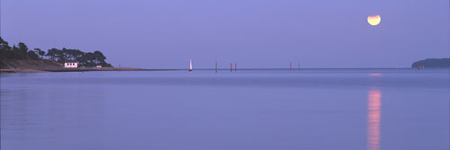 Panoramic Images of the New Forest : Lunar Eclipse over the Solent